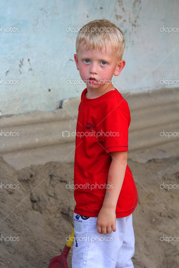 сосёт член мальчика фото дяденька
