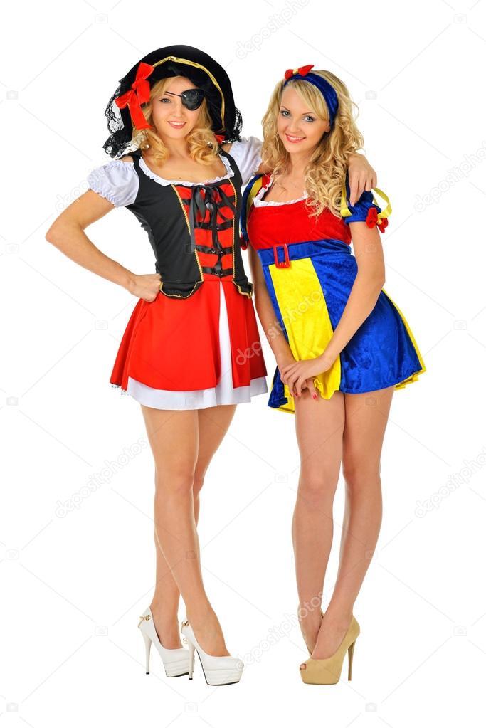 Zwei Frauen Im Karneval Kostume Pirat Und Schneeweiss Stockfoto
