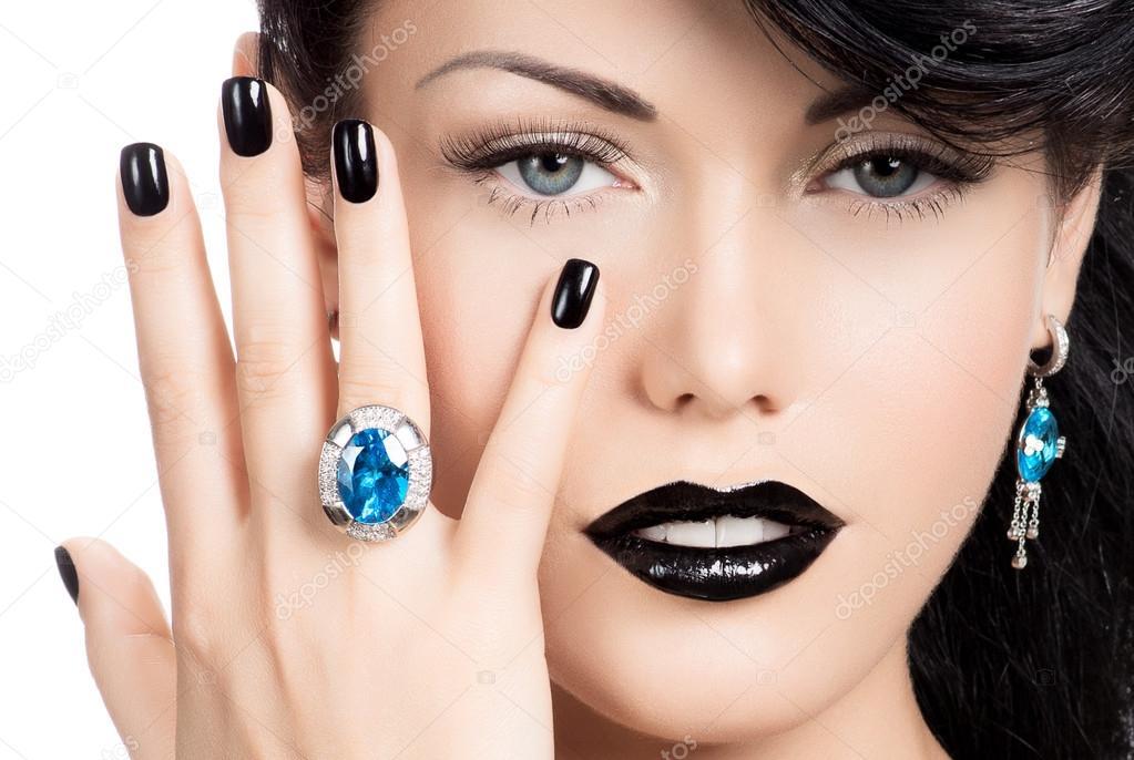 glamour frau n gel lippen und augen farbe schwarz lackiert stockfoto valuavitaly 42448517. Black Bedroom Furniture Sets. Home Design Ideas