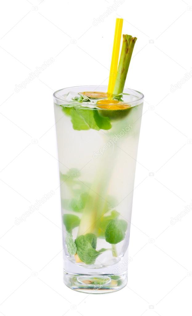 kalte Getränke — Stockfoto © tehcheesiong #23939087