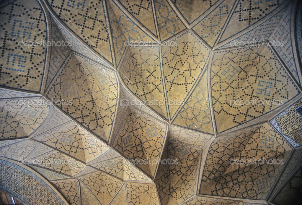 Soffitti A Volta Decorazioni : Coro decorato e dorato coro con soffitti a volta mezquita