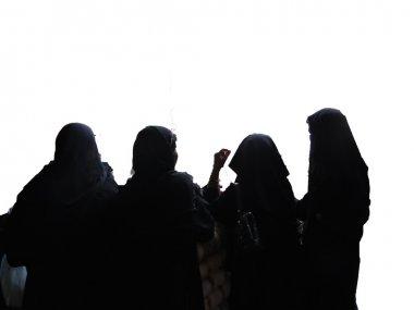 Veiled muslim woman visits the Lad Bazaar