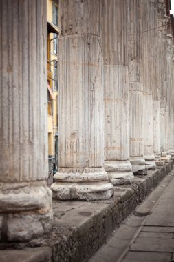 Close up of columns