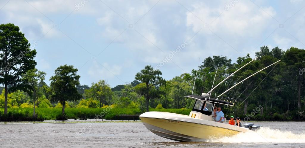 Фотообои Waccamaw River Boating