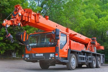 Heavy mobile crane truck
