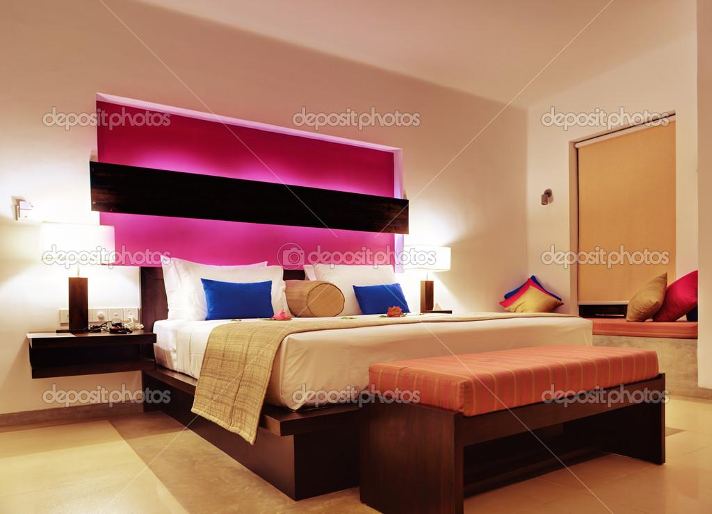 Kamer in een hotel warme kleur u2014 stockfoto © galdzer #19272509