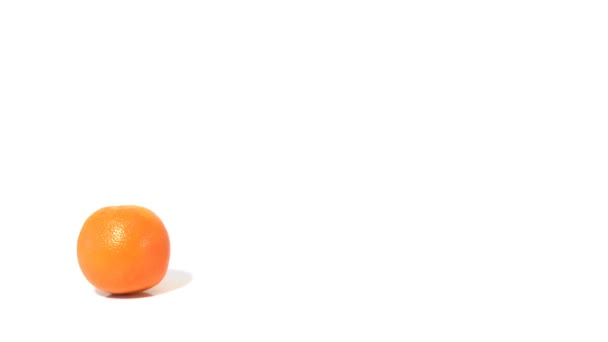 Three oranges and pouring orange juice