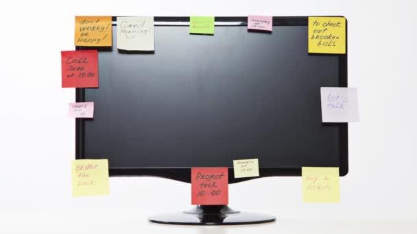 Időközű monitor a post-it jegyzetek