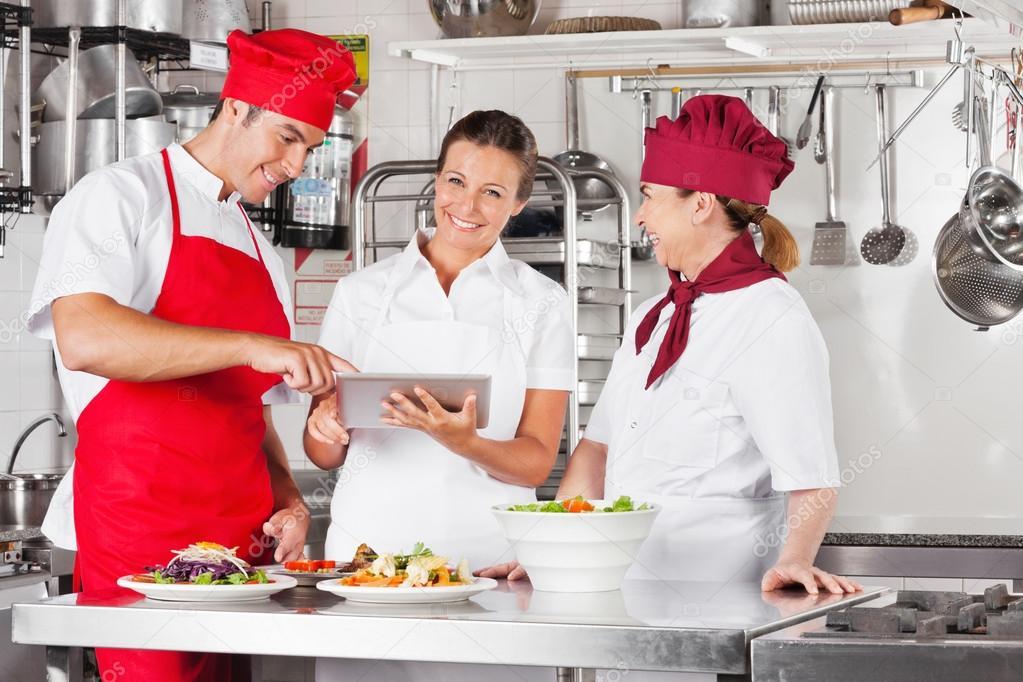 http://st.depositphotos.com/1003098/2198/i/950/depositphotos_21989045-Chefs-Using-Tablet-Computer-At-Kitchen-Counter.jpg