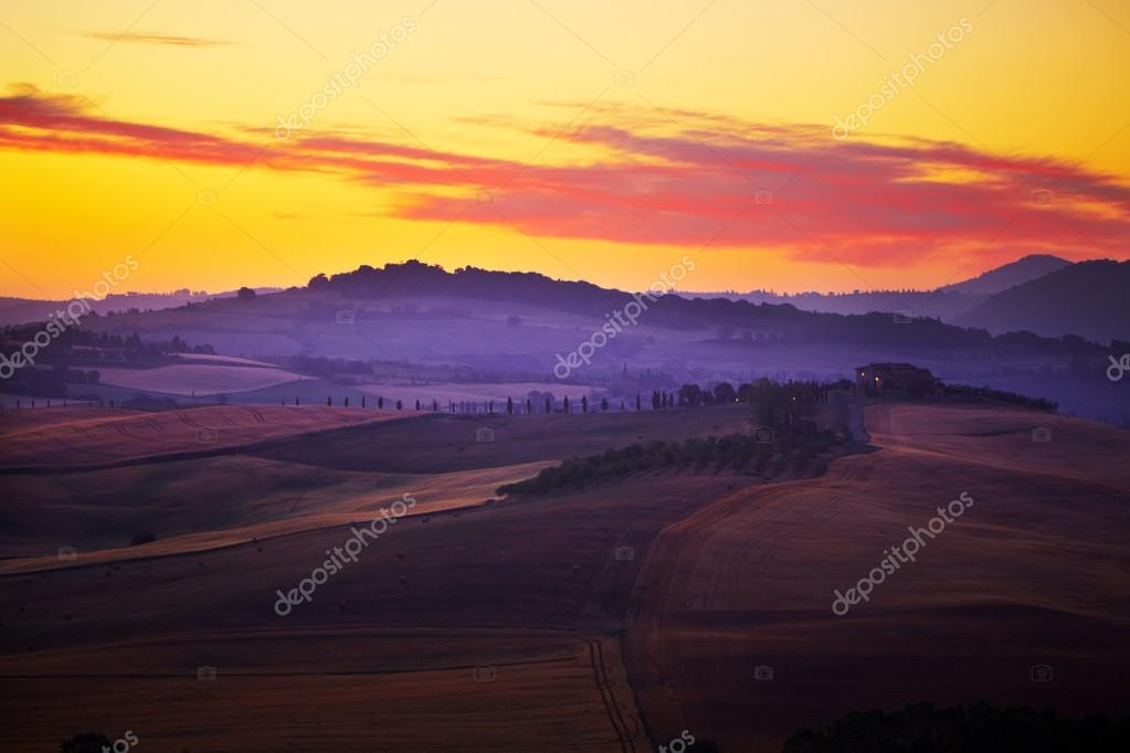 Фотообои Landscape in Tuscany at sunset in summer