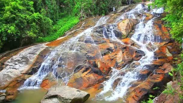 Nyastolsfossen Wasserfall