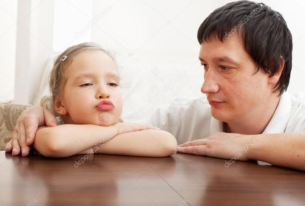 Dating ein Mädchen mit Daddy Issues: 15 Dinge, die Sie wissen müssen - - blogger.com