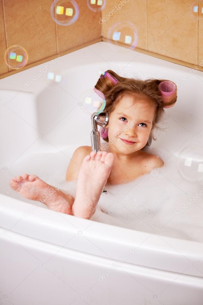 Моя девушка моется в ванной фото 181-86