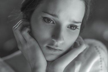 woman smiling close-up