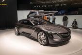 Opel monza koncept světová premiéra