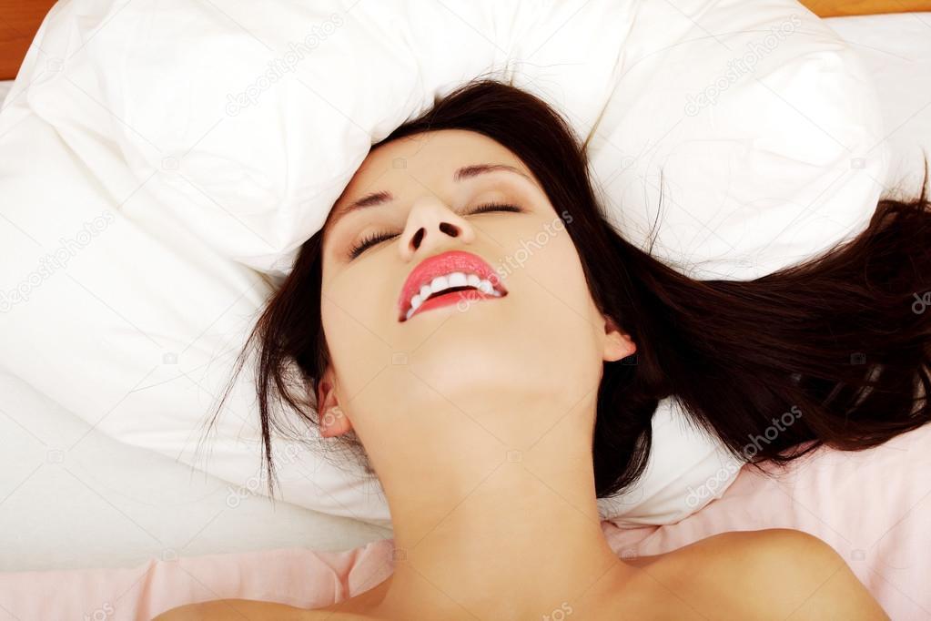 Оргазмы женщин крупным планом видео качество