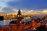 Hamburg-Landungsbruecken Sonnenuntergang rf