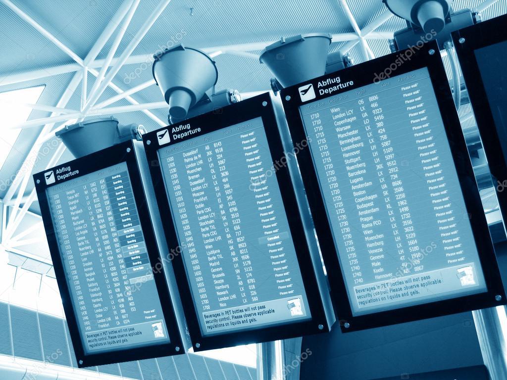 Aeroporto Zurigo Partenze : Consiglio di partenza aeroporto u foto stock happyalex