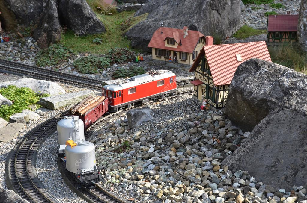 Miniature mountain railway