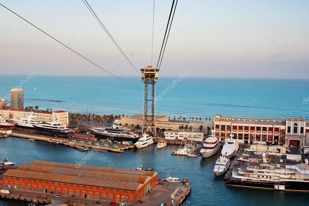 Vista sul mare di barcellona foto editoriale stock for Appartamenti sul mare barcellona
