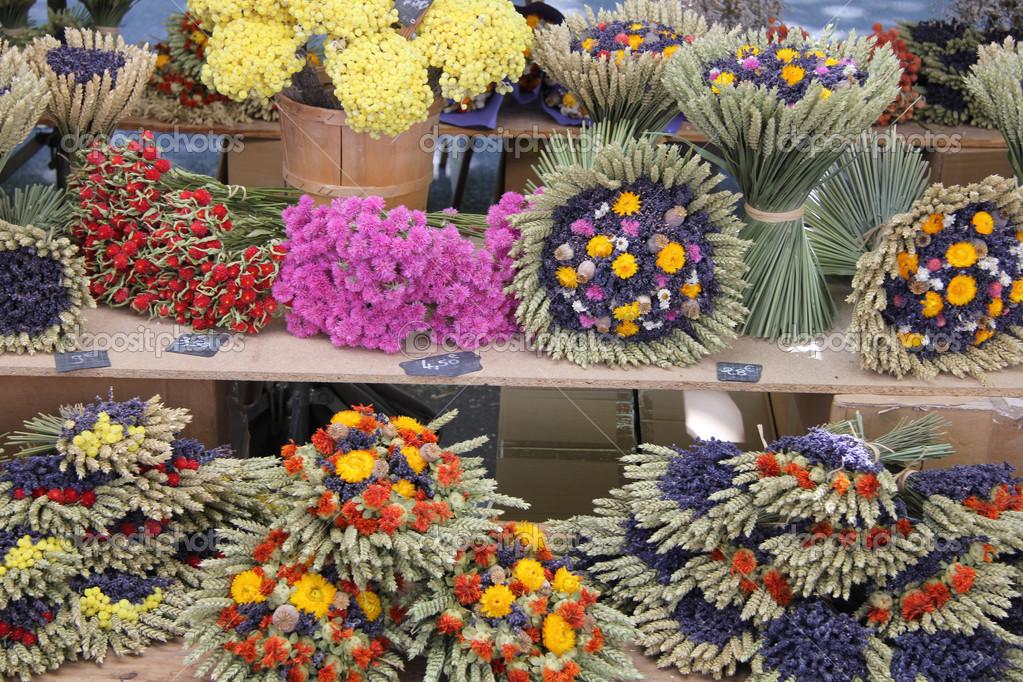ramos de flores secas u foto de stock