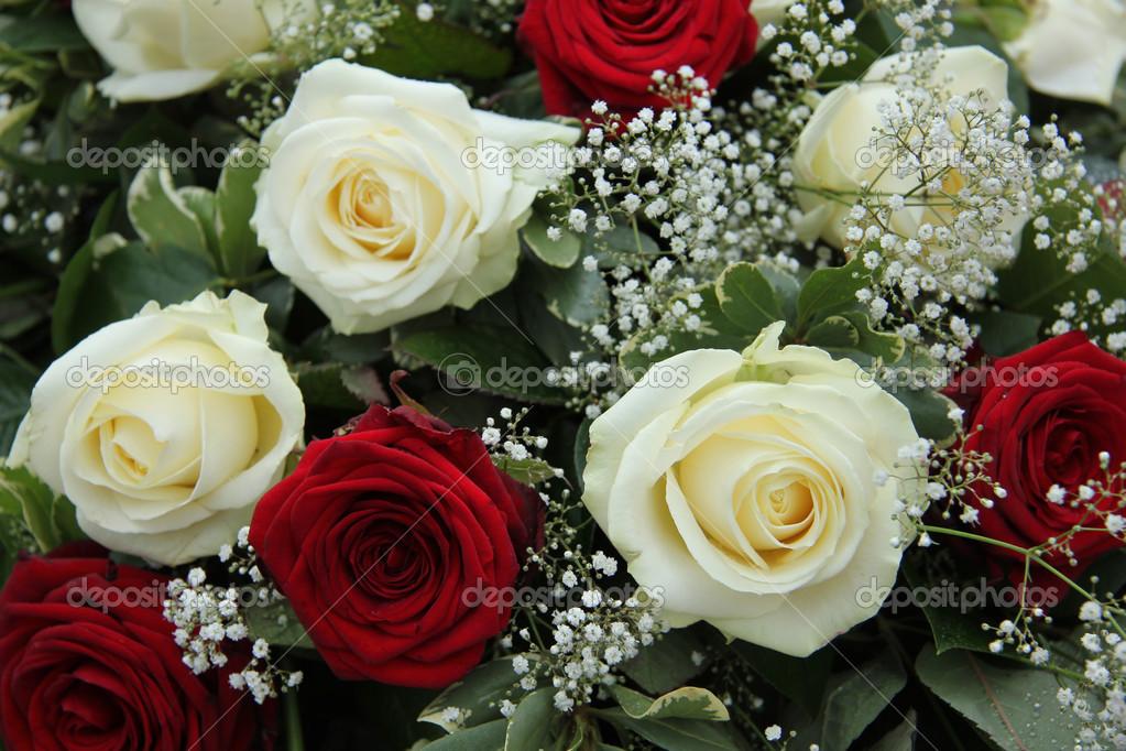 Matrimonio In Rosso E Bianco : Centrotavola matrimonio in rosso e bianco — foto stock