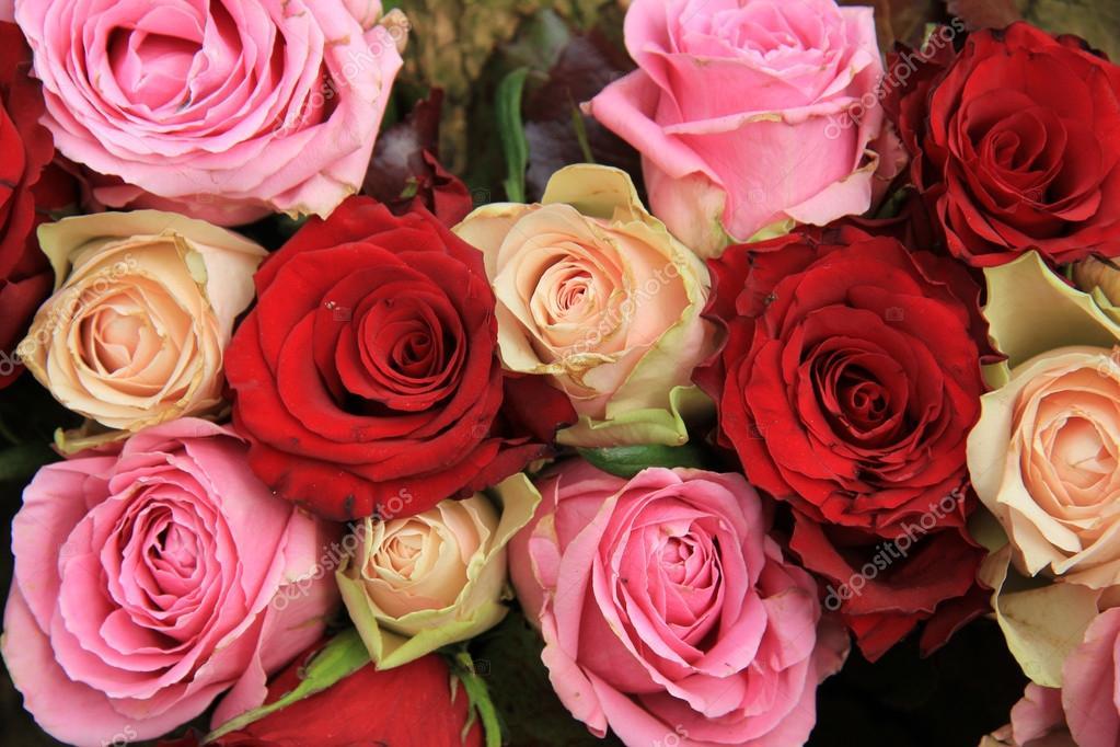 Hochzeitsblumen In Rosa Und Rot Stockfoto C Portosabbia 42883419