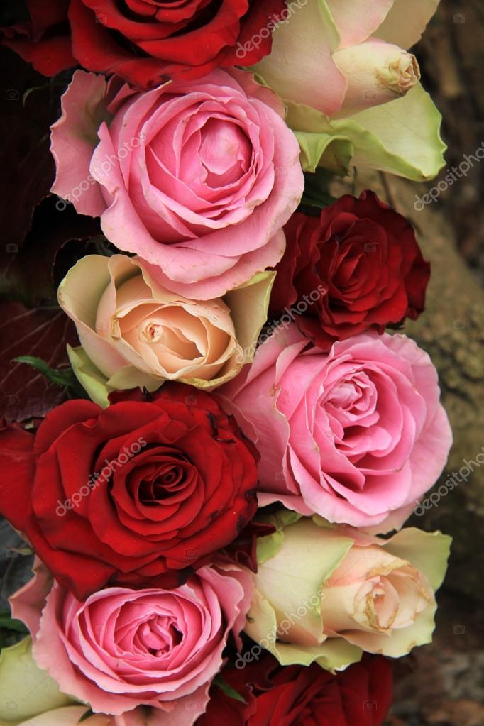 Hochzeitsblumen In Rosa Und Rot Stockfoto C Portosabbia 44414821