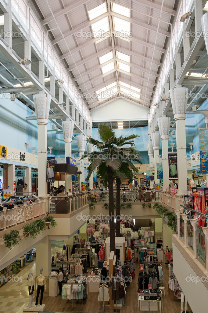 https://st.depositphotos.com/1003897/2950/i/950/depositphotos_29503509-stock-photo-interior-shopping-outlet-mall-pattaya.jpg