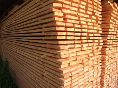 Arranged boards in a sawmill