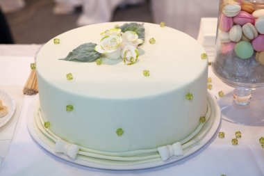Green Wedding cake