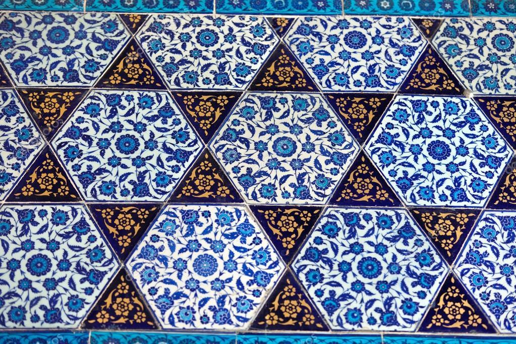 Piastrelle fatte a mano. palazzo di topkapi a istanbul turchia