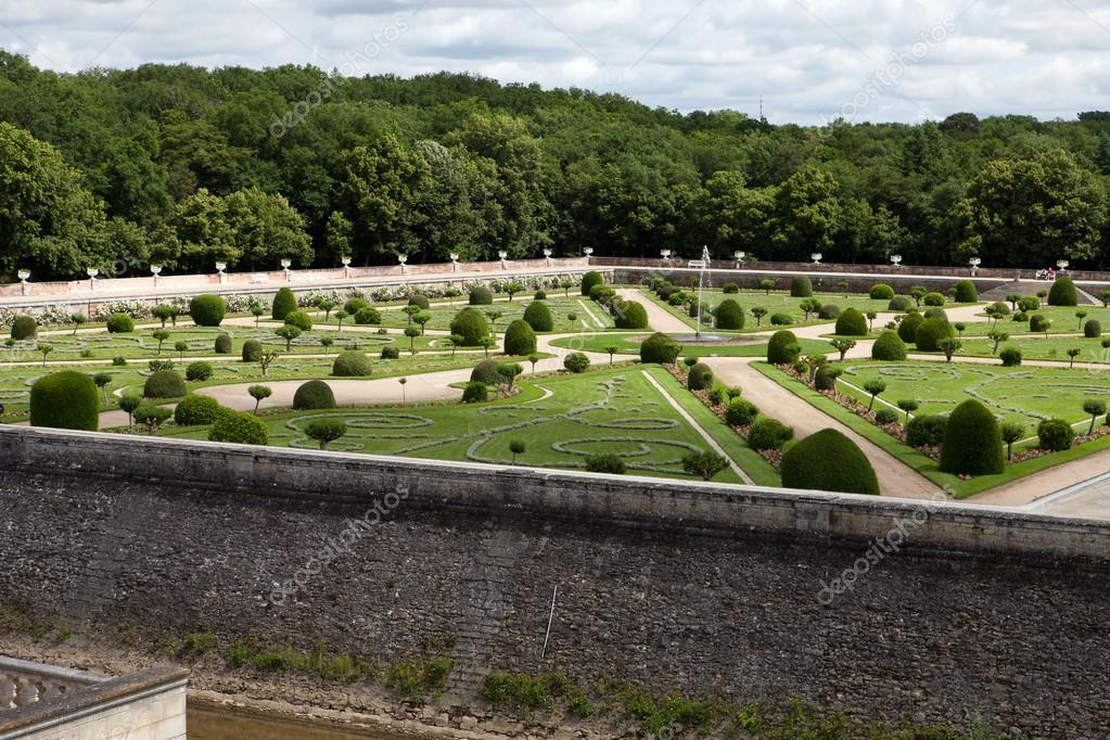 Gardens at Chateau Chenonceau in the Loire Valley of France — Stock ...