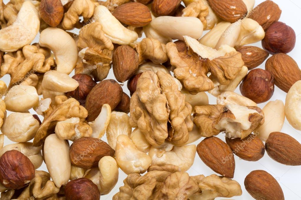 sind pinienkerne nüsse