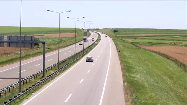 silnice a auta