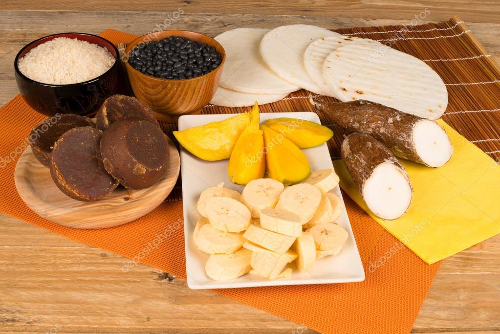 Ingredientes de comida latina stock photo olafspeier for Ingredientes para comida