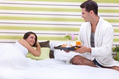 romantic breakfast in bed