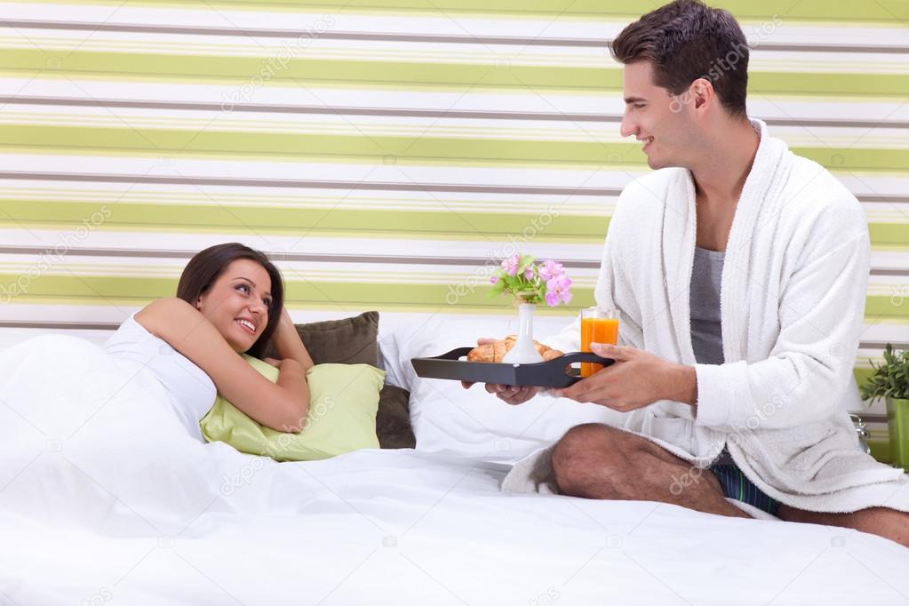 Guys over 30 romantic breakfast in bed