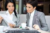 Fényképek Üzleti nők találkozó