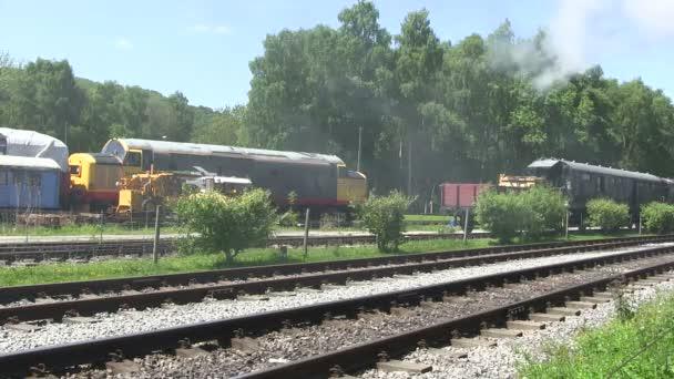 Parní vlak na řádku preserver.