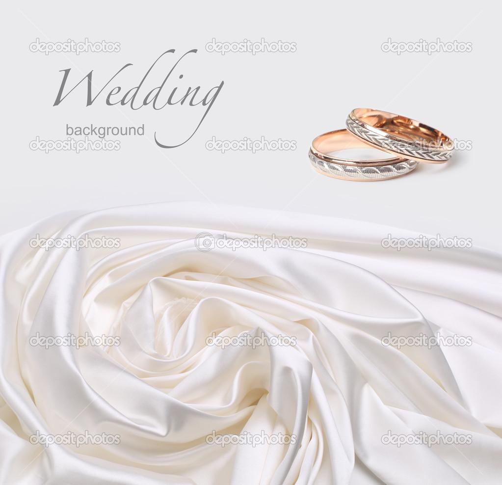 alianças de casamento em fundo de seda — Stock Photo © Tihon6  14132332 980e2df2c8e74