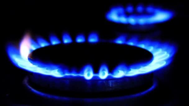 modré plameny plynový sporák