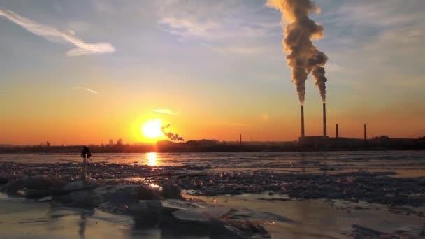 elektrárna electro poblíž řeky Dněpr