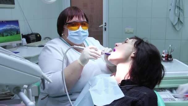 Zahngesundheit-Dienst