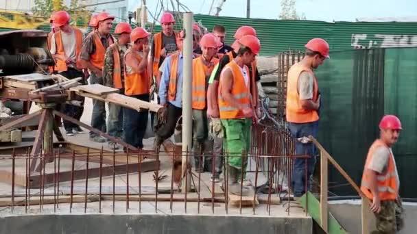 csapat a munkavállalók építkezésen