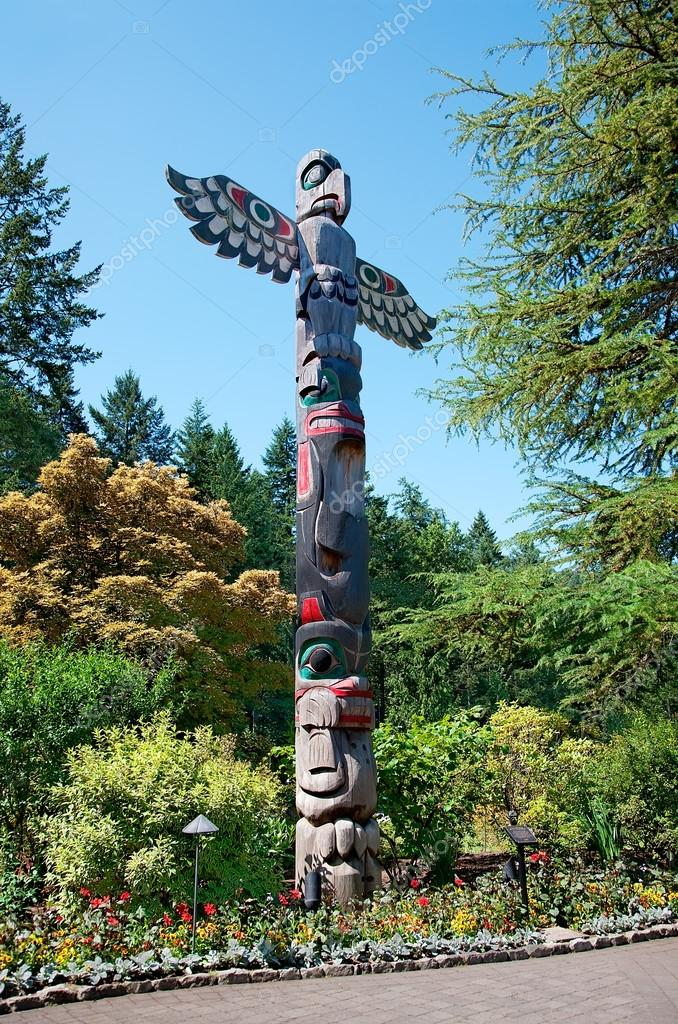 Totem Pole at Butchart Gardens, Central Saanich, BC,Canada