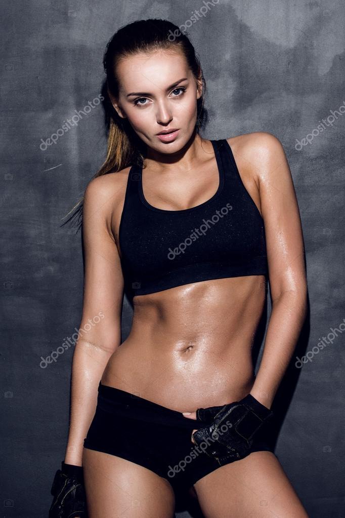 Спортивная девушка модель работа веб модели петербурга