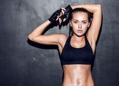 fitness mladá žena