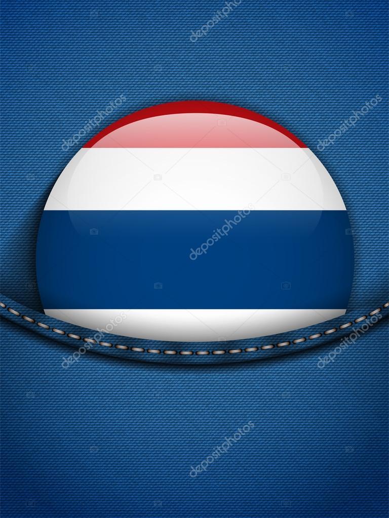 d2b35c9dc Botón de bandera de Tailandia en el bolsillo de los pantalones vaqueros–  Ilustración de Stock