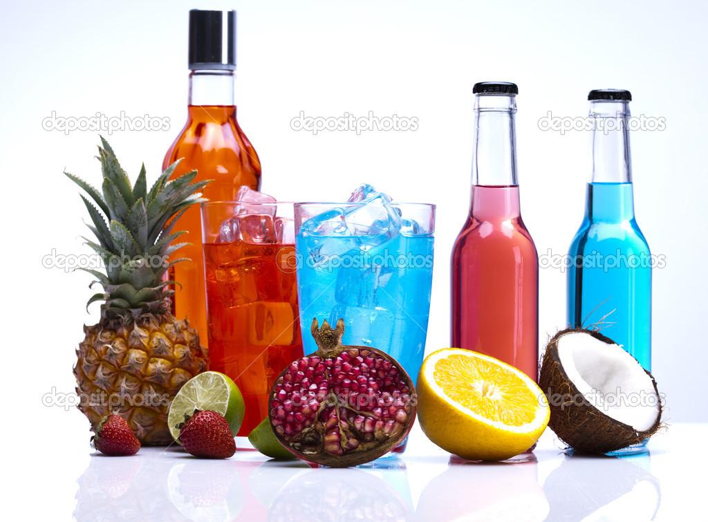 exotische alkoholische Getränke — Stockfoto © JanPietruszka #12730453